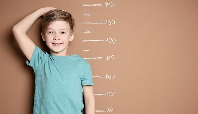علائم بلوغ زودرس در پسران و دختران چیست و چه عوارضی دارد؟